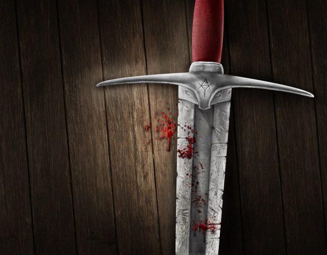 Zakrwawiony miecz w stylu fantasy